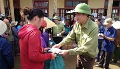 Báo Xây dựng chung tay hỗ trợ đồng bào miền Trung bị thiệt hại do mưa lũ