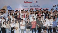 Báo Tiền Phong vinh danh và trao học bổng 'Nâng bước thủ khoa 2020'