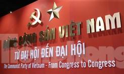 Hàng trăm tài liệu, hiện vật tái hiện lịch sử hào hùng và 12 kỳ đại hội Đảng