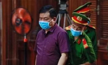 Ông Đinh La Thăng tại phiên tòa sơ thẩm. Ảnh: Tân Châu