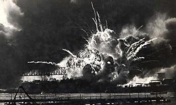 Vụ nổ nào rung chuyển Mumbai khiến 800 người chết