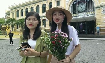 An ancient and peaceful destination in the heart of Saigon attracts young people