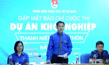Mr. Ngo Van Cuong spoke at the program.  Photo: Duong Trieu