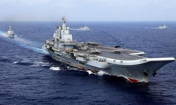 Tàu sân bay Liêu Ninh của Trung Quốc ở tây Thái Bình Dương năm 2018. Stringer/Reuters