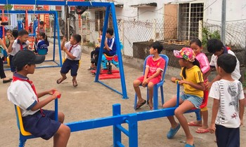 Many playgrounds for children in the An Giang area