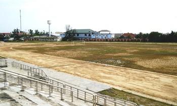 Trung tâm Văn hóa Thể thao Thuận An (TT-Huế) chưa được nghiệm thu, bàn giao, đưa vào sử dụng sau 8 năm ì ạch xây dựng.