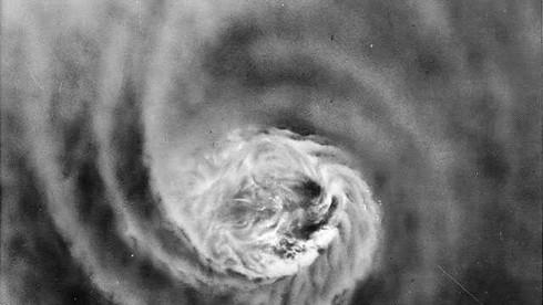 Bão tạo nên tới hơn 1900 trận lở đất, đó là cơn bão nào?