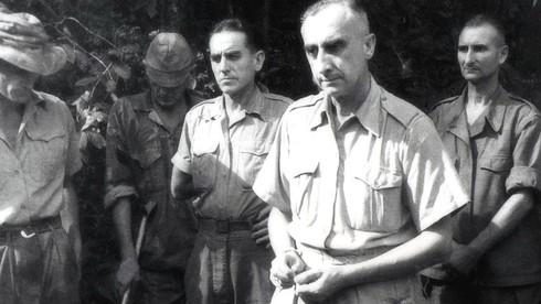 Từ năm 1945 đến 1954, thực dân Pháp đã cử sang Việt Nam bao nhiêu tướng chỉ huy quân đội Pháp?