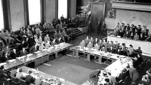 Chiến thắng Điện Biên Phủ buộc Pháp phải ngồi vào bàn đàm phán công nhận chủ quyền của Việt Nam thông qua hiệp định gì?
