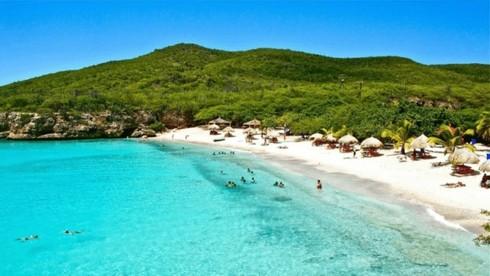 Bãi biển nào nổi tiếng nhất Curacao?