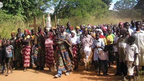 Dân số Mozambique rất trẻ đúng hay sai?