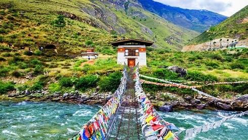 Điều gì khiến Bhutan là quốc gia đầu tiên trên thế giới có mức khí thải CO2 âm?