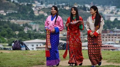 Phụ nữ Bhutan có thể có nhiều hơn một người chồng?