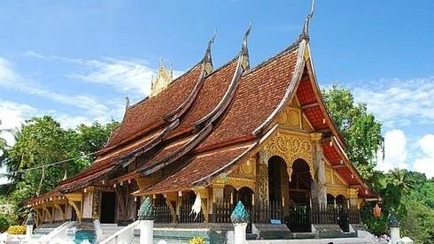 Wat Phou - đền thờ xưa nhất ở Lào được UNESCO công nhận là Di sản thế giới năm nào?