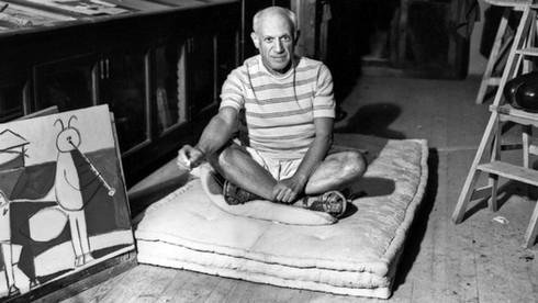 Danh họa Pablo Ruiz Picasso, Tây Ban Nha sinh vào ngày tháng năm nào?