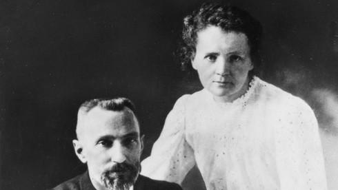 Chồng bà – Pierre Curie mất vì bị gì?