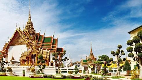 Tuyển Thái Lan tham dự giải đấu cấp độ thế giới đầu tiên vào năm nào?