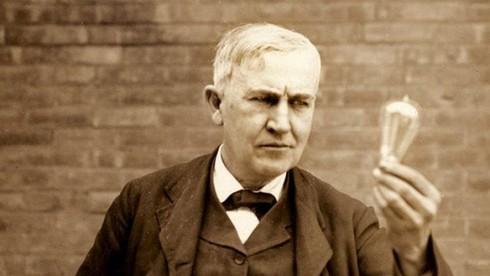 Thomas Alva Edison là  nhà khoa học có bao nhiêu bằng sáng chế tại Mỹ?