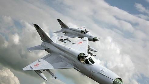 Máy bay tiêm kích mà Anh hùng Phạm Tuân đã bắn rơi máy bay B52 có tên là gì?