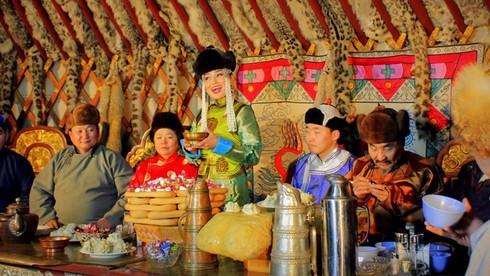 Tsagaan Sar là lễ đón Tết Âm lịch của người nước nào?