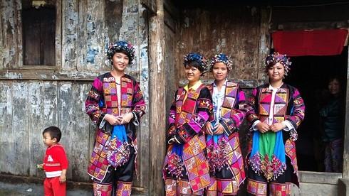 Dân tộc thiểu số nào ở tỉnh Hà Giang có lễ cúng tổ tiên được công nhận là di sản văn hoá phi vật thể quốc gia?