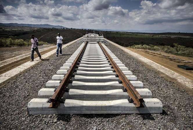 Tuyến đường sắt kết thúc ở Duka Moja, Kenya. (Ảnh: Bloomberg)