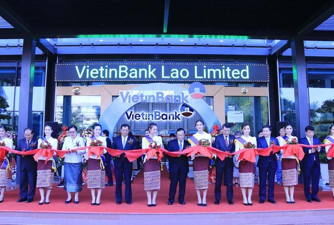 Ngày 17/9 . Vietinbank chính thức khai trương trụ sở tại Lào