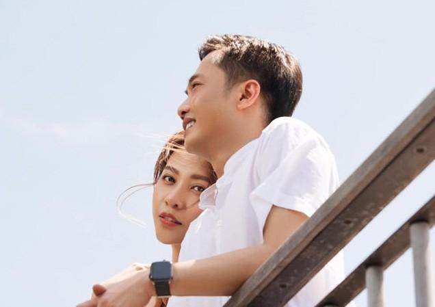 Người hâm mộ chờ đợi đám cưới của cặp đôi Cường Đô la và Đàm Thu Trang chuẩn bị diễn ra trong tháng 7 này.