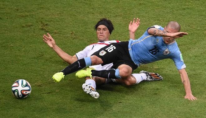 RADIO WORLD CUP sáng 15/6: Uruguay chết nghẹn dù gặp mồi ngon