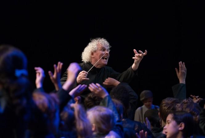 Nhạc trưởng lừng danh đến Bờ Hồ cùng dàn nhạc giao hưởng London