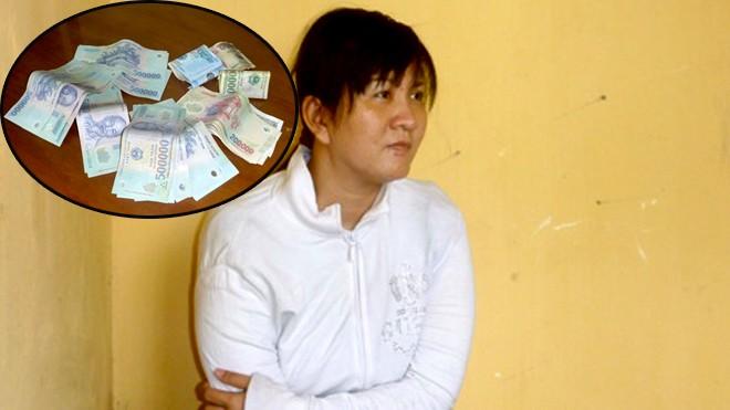 Đối tượng Đào tại cơ quan công an và số tiền đối tượng này vừa trộm vàng bán được chưa tiêu xài đã bị bắt giữ