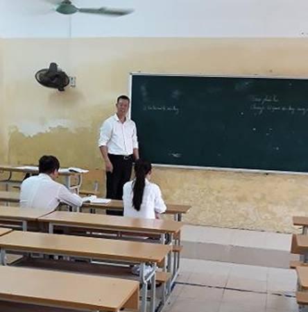 Lớp học chỉ có 2 sinh viên của trường CĐSP Nam Định