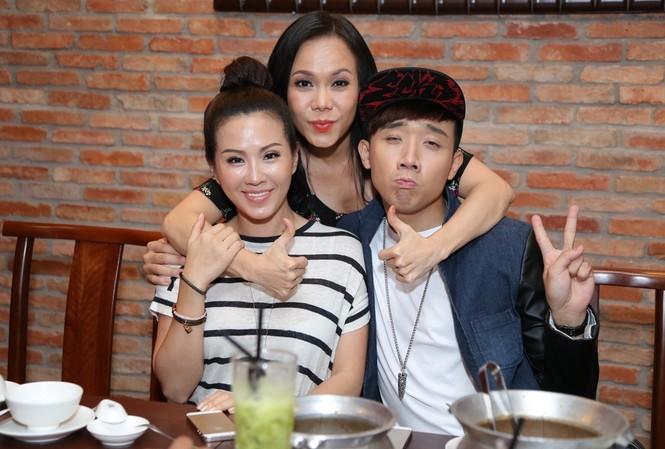Trấn Thành, Việt Hương đã có một bữa tối 'nhớ đời' tại nhà hàng của Hoa hậu Thu Hoài.