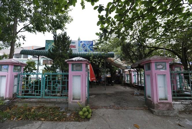 Quán nước, nơi phóng viên bị hành hung
