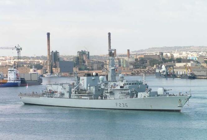 Anh bất ngờ đưa tàu khu trục HMS Montrose tới Baltic