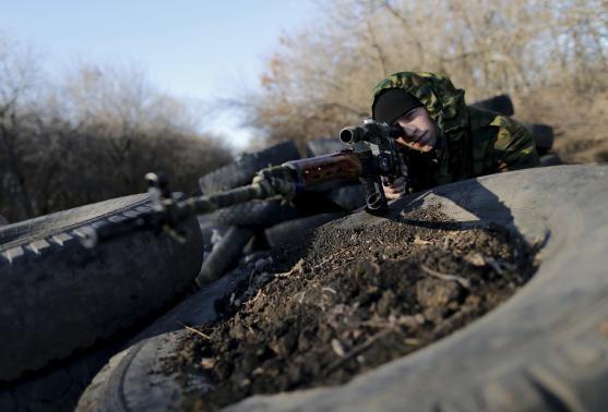 Sân bay quốc tế Donetsk sắp về tay phe ly khai miền Đông?