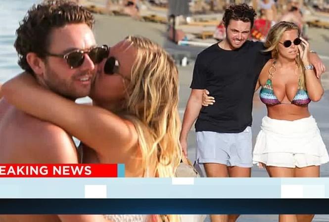 Chloe Meadows siêu gợi cảm với áo tắm, tình tứ với bạn trai ở biển