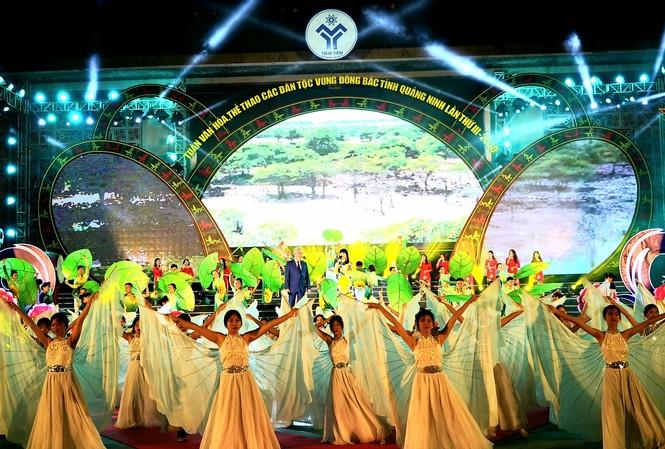 Rực rỡ sắc màu các dân tộc vùng Đông Bắc tỉnh Quảng Ninh