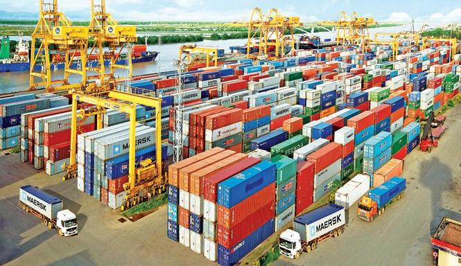 Cảng Chùa Vẽ - một trong những đầu mối logistics của Vinalines hiện nay.