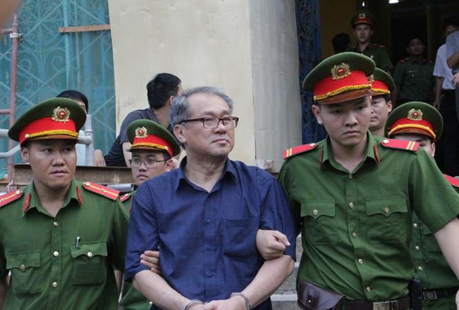 Ông Phạm Công Danh sau ngày xét xử. Ảnh: Tân Châu.