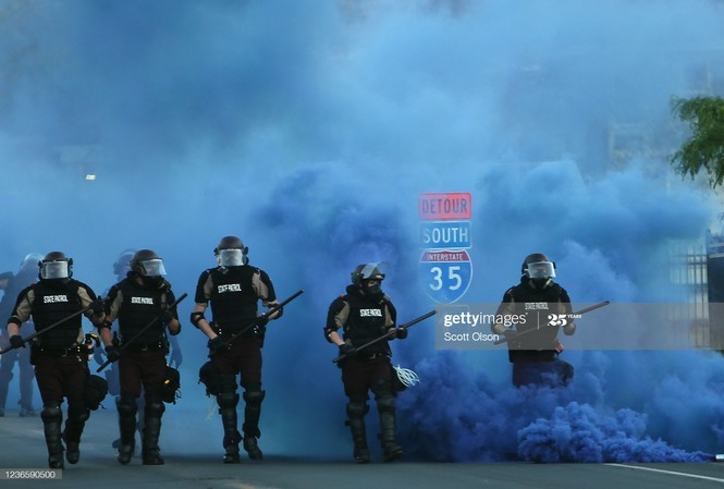 Bạo loạn bùng phát tại Mỹ sau vụ cảnh sát bắn chết người da màu