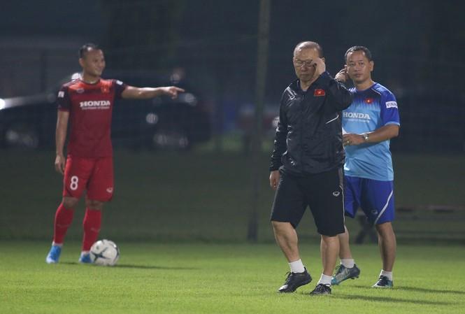 HLV Park Hang Seo đã nghiên cứu rất kỹ đối thủ Thái Lan. Ảnh: VSI