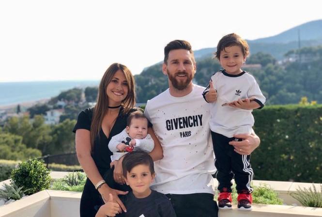 Cuộc sống thượng hạng của Messi ở Barcelona