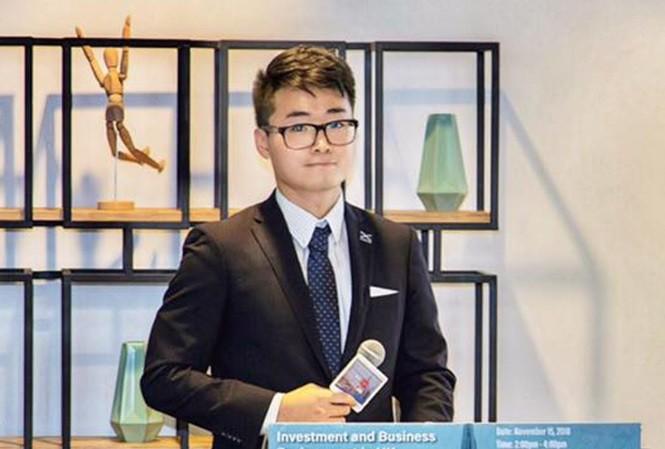 Simon Cheng Man-kit    Ảnh: Guardian