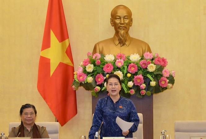 Chủ tịch Quốc hội Nguyễn Thị Kim Ngân phát biểu bế mạc Phiên họp thứ 37 của Ủy ban Thường vụ Quốc hội. Ảnh: Quang Khánh