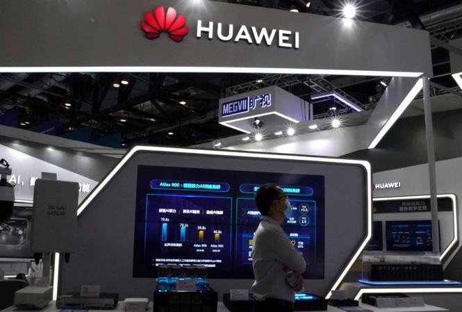 Gã khổng lồ viễn thông Trung Quốc Huawei bị tẩy chay ở nhiều nơi trên thế giới
