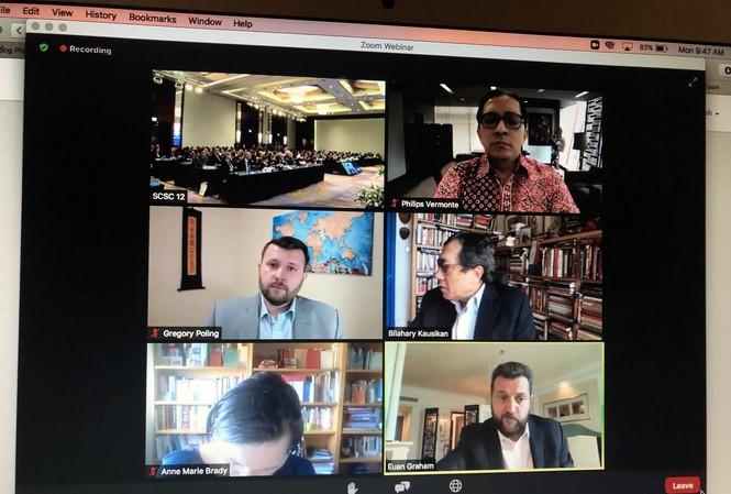 Các học giả quốc tế tham dự trực tuyến