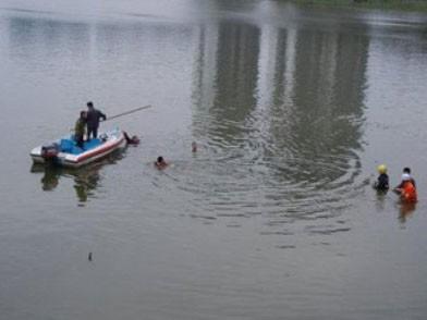 Tắm sông, hai học sinh lớp 5 mất tích