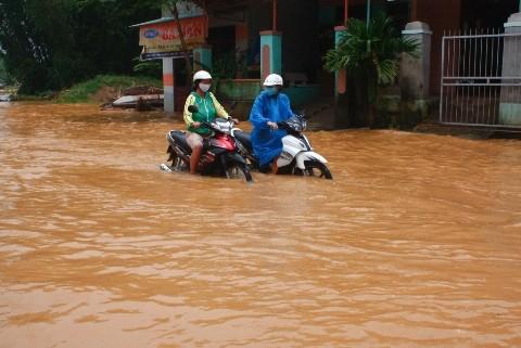 Quảng Nam: Thêm 3 người chết vì lũ