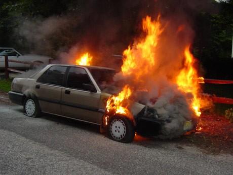 Viên tiết kiệm xăng: Khó làm tăng nguy cơ cháy nổ